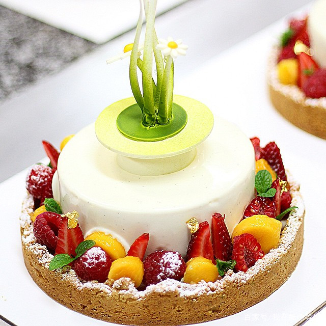 杭州贵阳 蛋糕烘培培训班对学历有要求吗?
