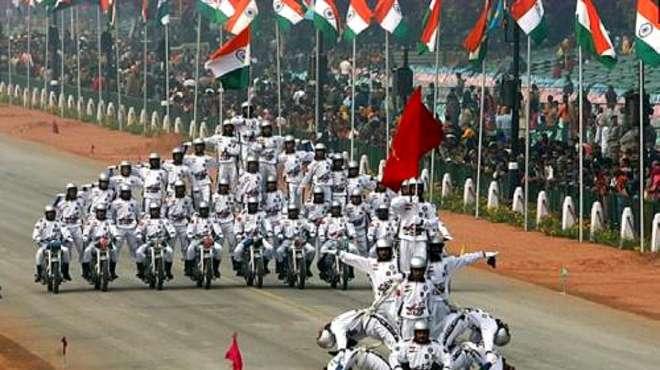 为啥印度阅兵钟爱摩托车和特技表演?