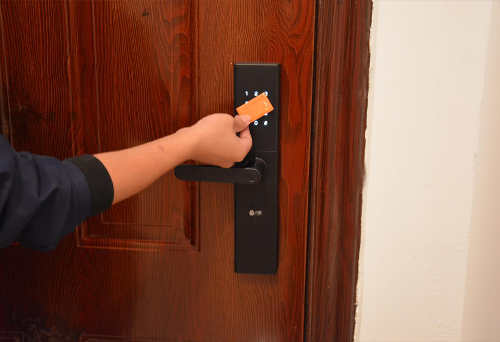家居安全第一步,799元的智能门锁可以体验3999元安全感