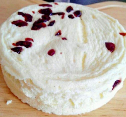 """做蒸蛋糕,万万不能用错""""水"""",用它和面,蒸出蛋糕香嫩又蓬松!"""