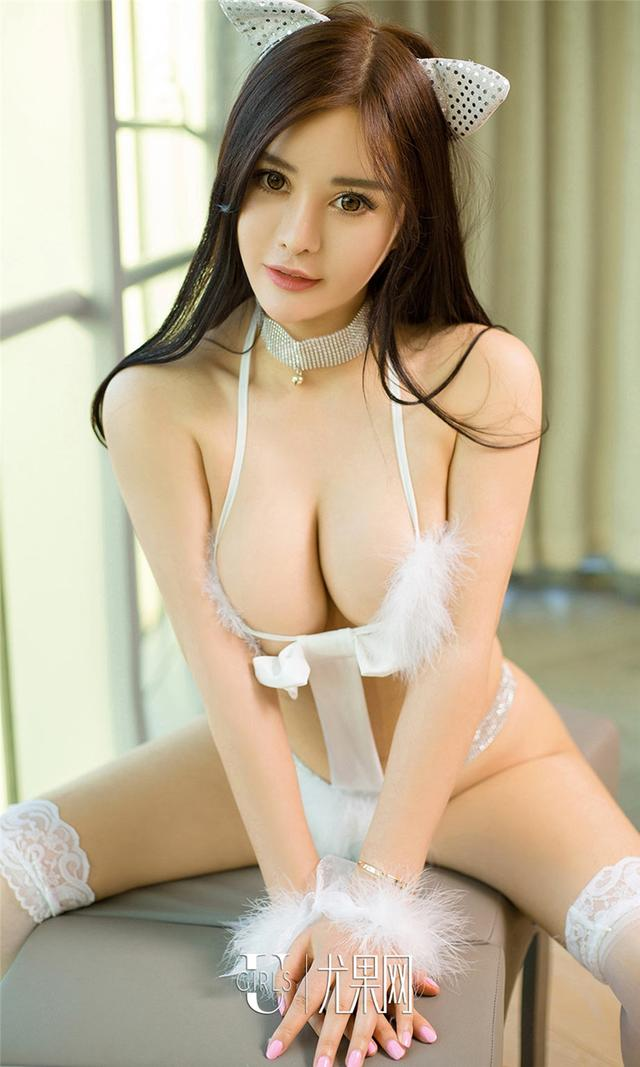 [尤果网] 性感美女欣然变猫女巨乳诱惑套图 第701期
