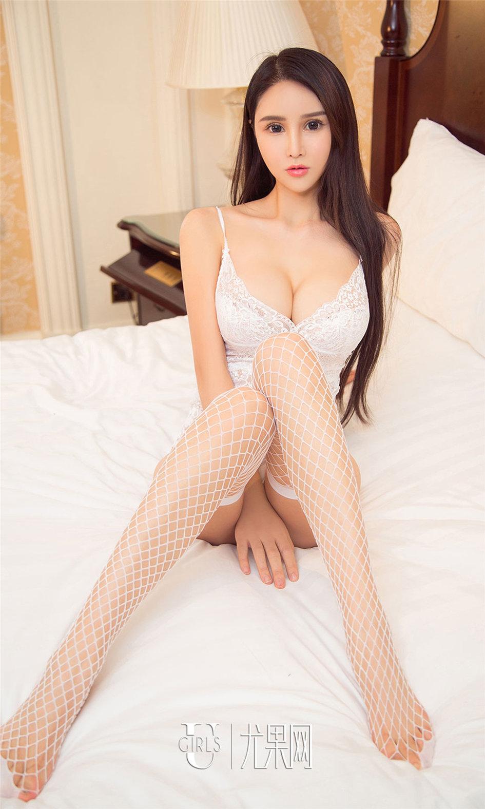 [尤果网] 小清新吊带衫美女苏美美私拍图片 第952期
