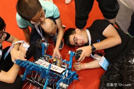 """""""中国智造、中国创造""""—— 机器人工业设计:创新创意引领产业优化 ar娱乐_打造AR产业周边娱乐信息项目 第2张"""