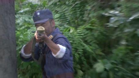 小鬼子狙击手枪法独步天下,怎料小伙深藏不露,一枪一个直接爆头
