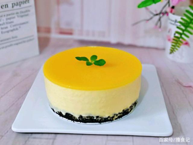 据说新手100%成功 不用烤箱也能做 芒果慕斯蛋糕