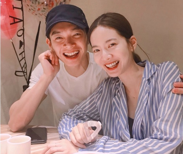 飞轮海辰亦儒结婚,其他三位成员的祝福,却暴露了他们的真正关系