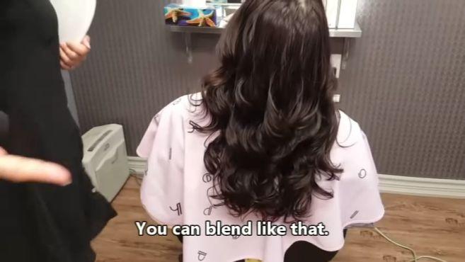 烫过的发型该如何吹风造型才漂亮?这样一看你就明白了