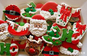 漂亮的圣诞糖霜饼干