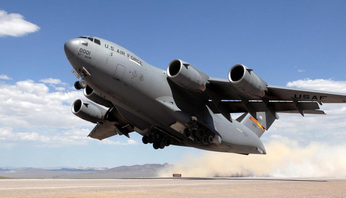 """第11架""""巨无霸""""抵达,超越传统美国盟友,成为第一大运输机金主"""