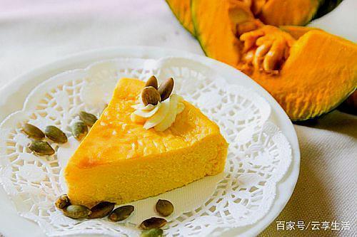 一款不用蛋清,也不用面粉,用普通的蒸锅就可以做的南瓜蛋糕!