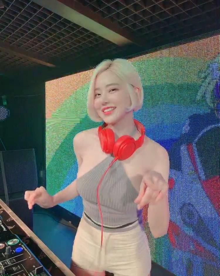 大沢美加(大泽美加)如果是一个DJ 你还会爱她吗