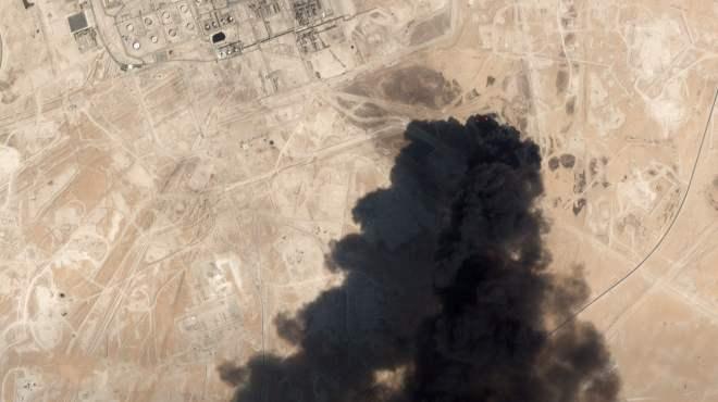 胡塞这回对沙特油田袭击,从图上距离来看,这三点着实令全球惊讶