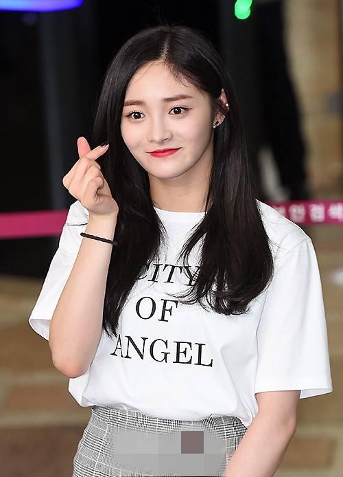 """从未整过容的韩国女星,公开讨厌""""比心"""",100%的妇女角色本人!"""