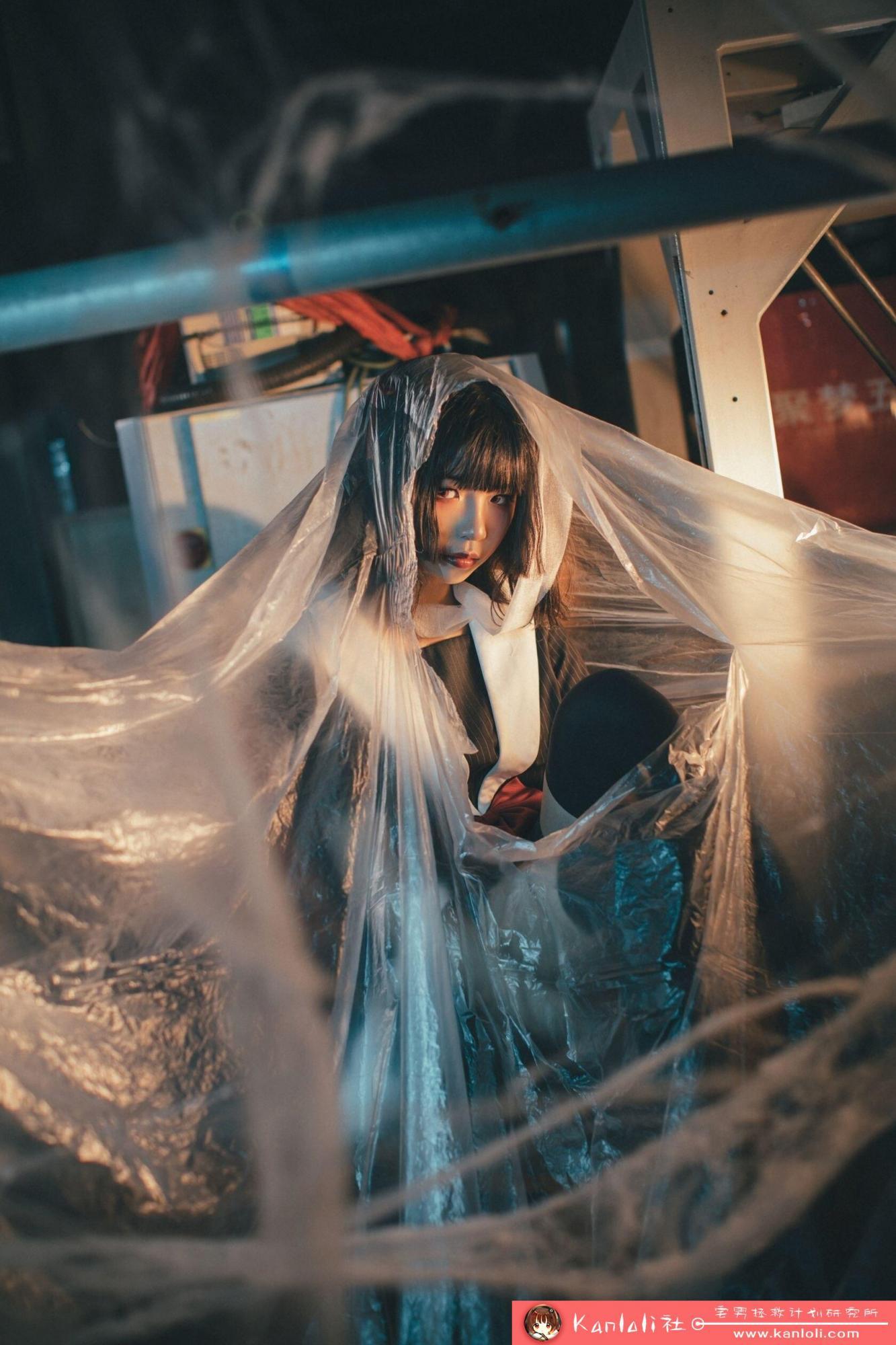 【疯猫ss】疯猫ss写真-FM-021 老旧房子的写真 [10P]