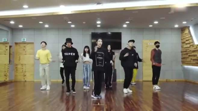 삐삐 (练习室舞蹈版)
