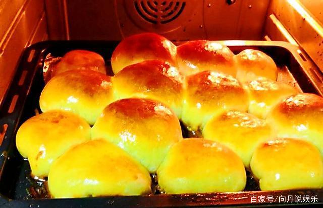 家里做面包怎么和出薄膜?我怎么做成馒头了?