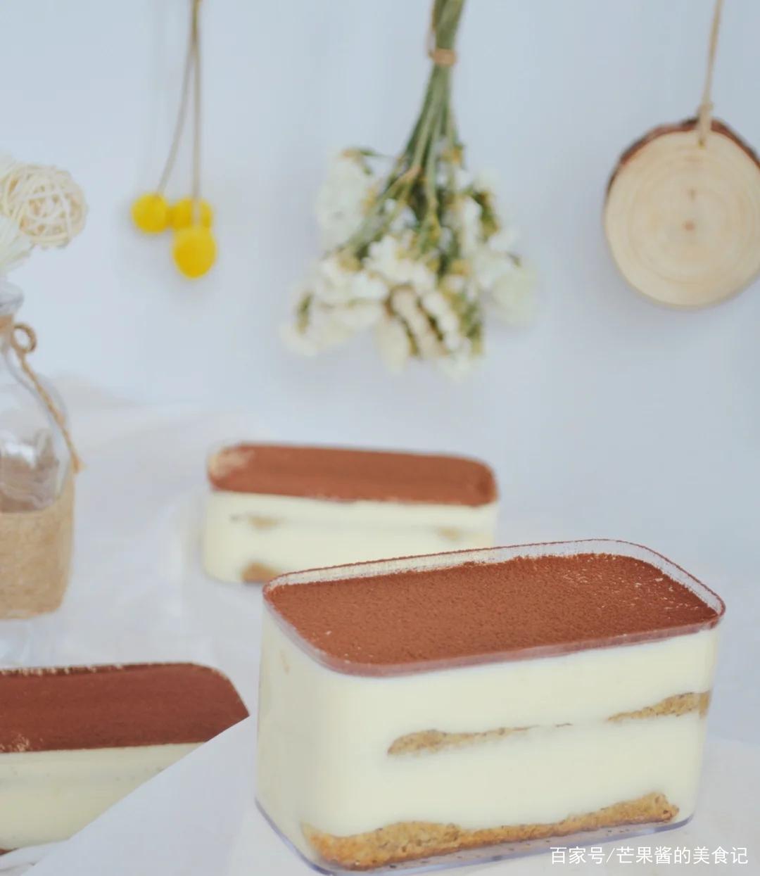 不用烤箱就能做出来的经典甜品,提拉米苏!香甜顺滑!甜而不腻!