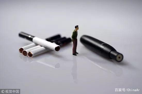 """""""电子烟能帮我成为网红!""""这是表弟抽电子烟的理由。"""