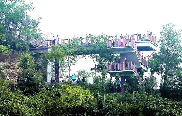景区台阶仿木栏杆