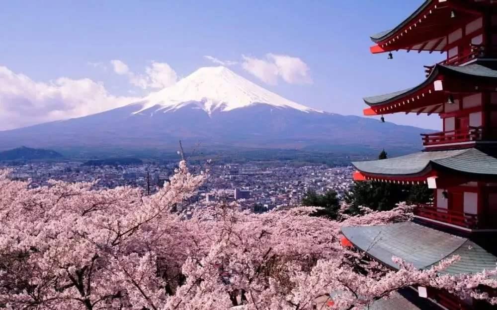 日本向中国伸出援手后,如今日本疫情爆发!中国出手相助!