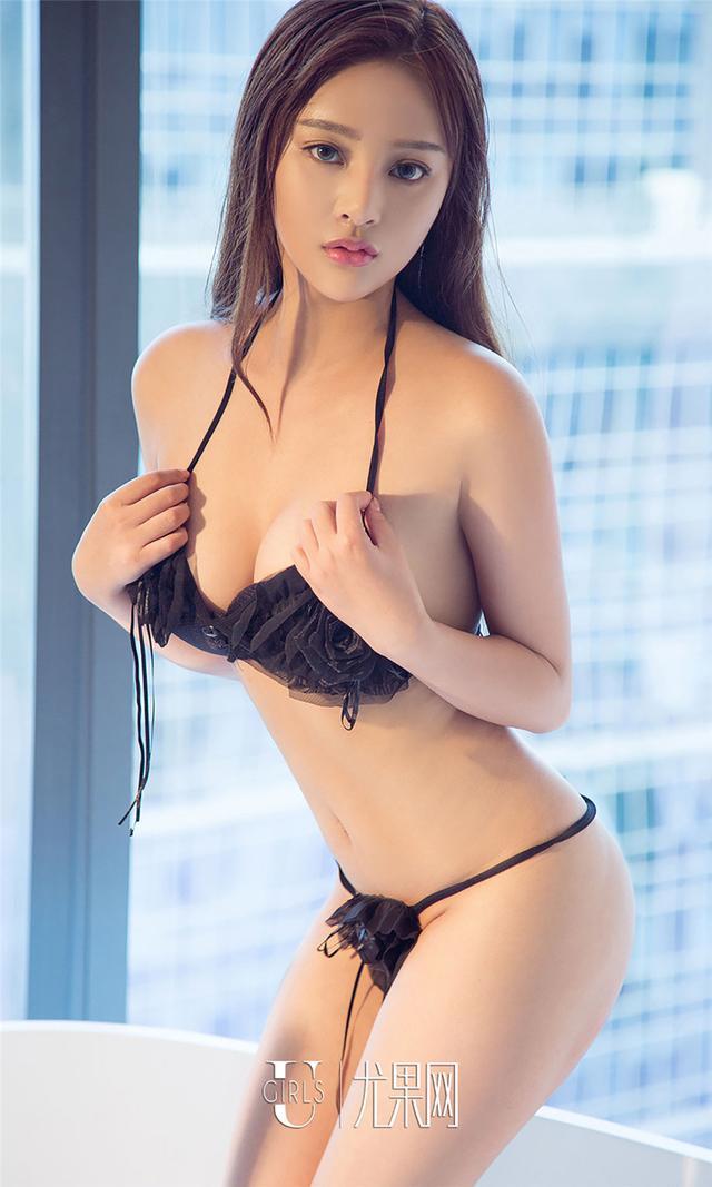 [尤果网] 有气质的女人刘曦莹酒店销魂写真 第759期
