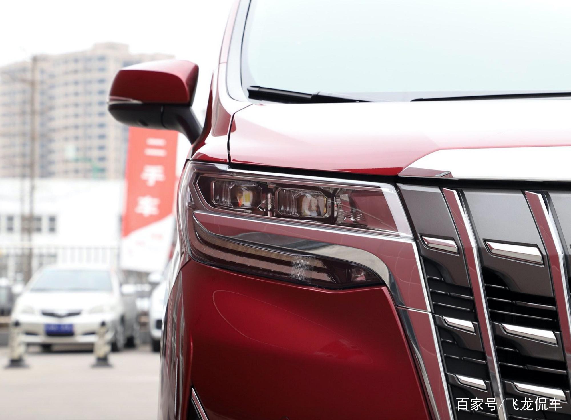 又一行政级MPV,车长5米,2.5L自吸+双电机,油耗7.1L,81.9万起