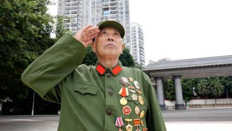 共和国勋章获得者李延年:荣誉属于所有烈士