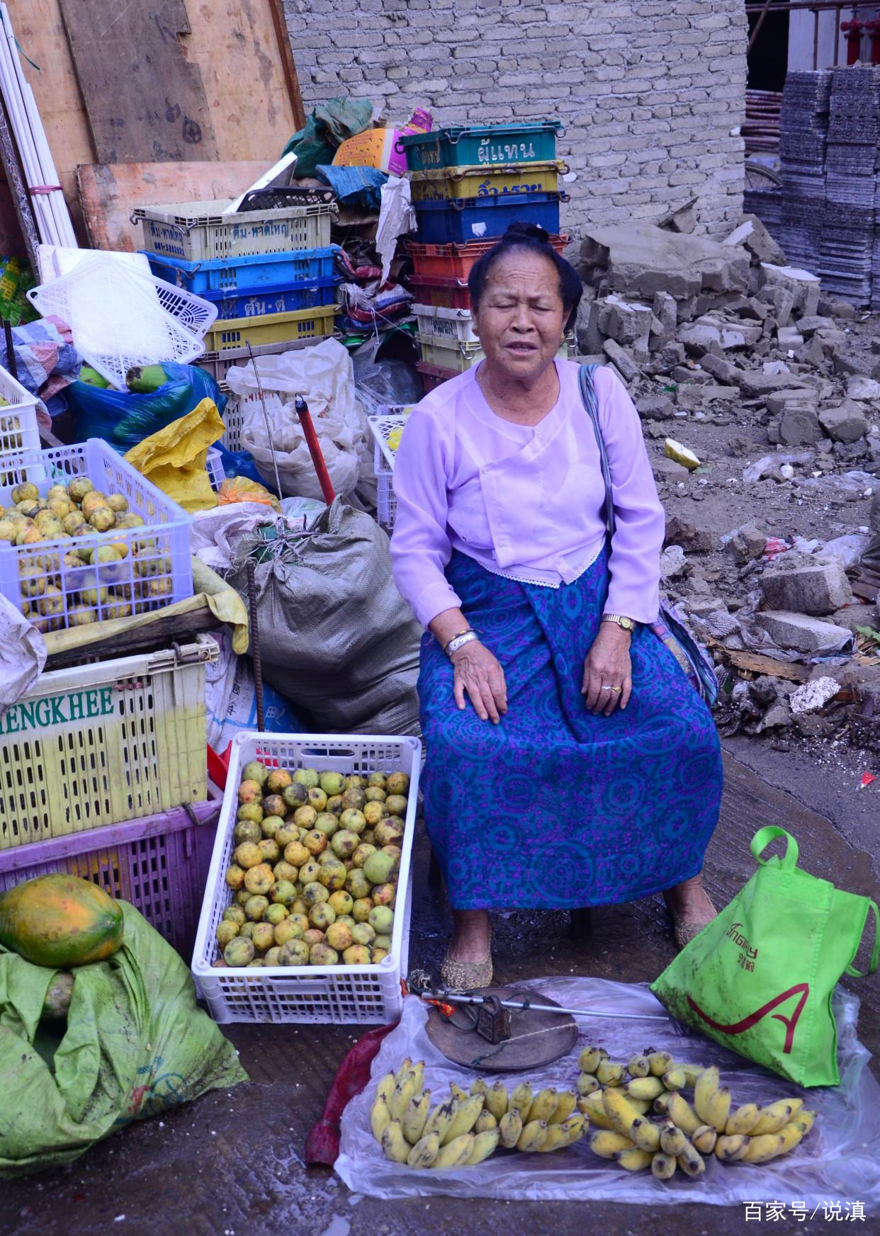 西双版纳傣族传统早市,看看卖什么