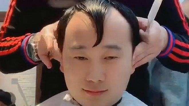 美发达人:M型发际线这么剪让你年轻十岁,男生们,都学会了吗